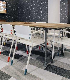 Office Startup WeWork's office features creative floors by Bolon